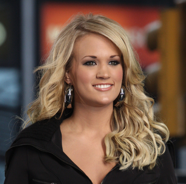 http://whenyourebored.files.wordpress.com/2008/03/carrie-underwood-carnival-ride.jpg